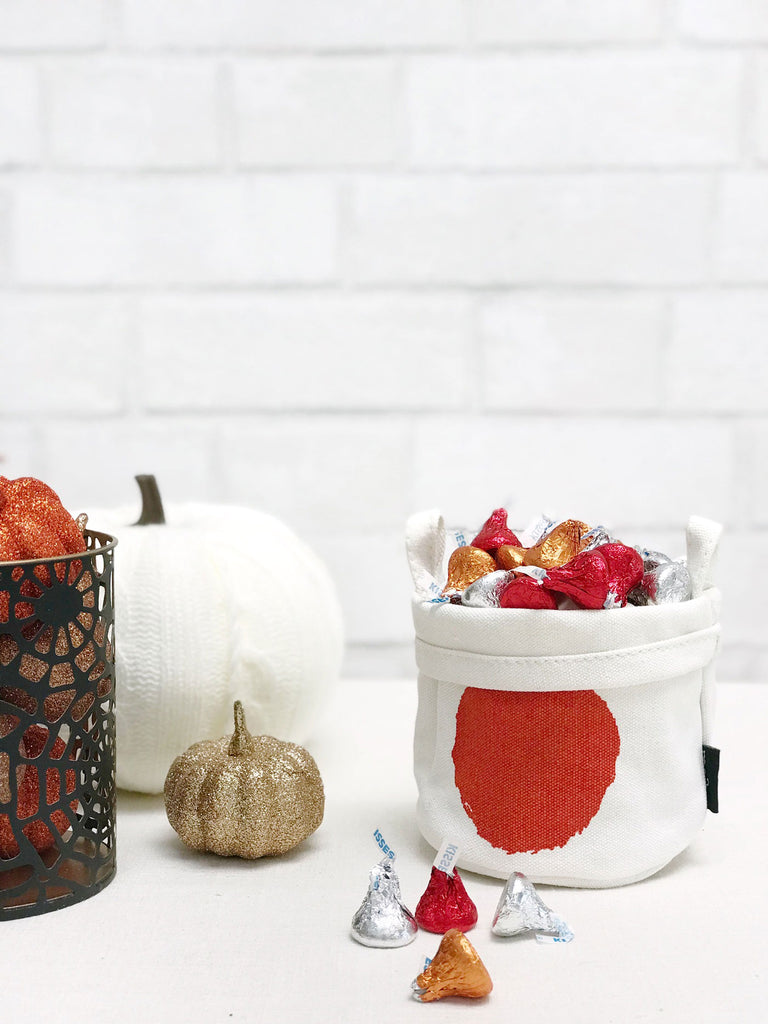halloween candy holder bucket