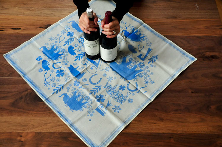 Wrapping Wine Bottles with Fabric Wrap