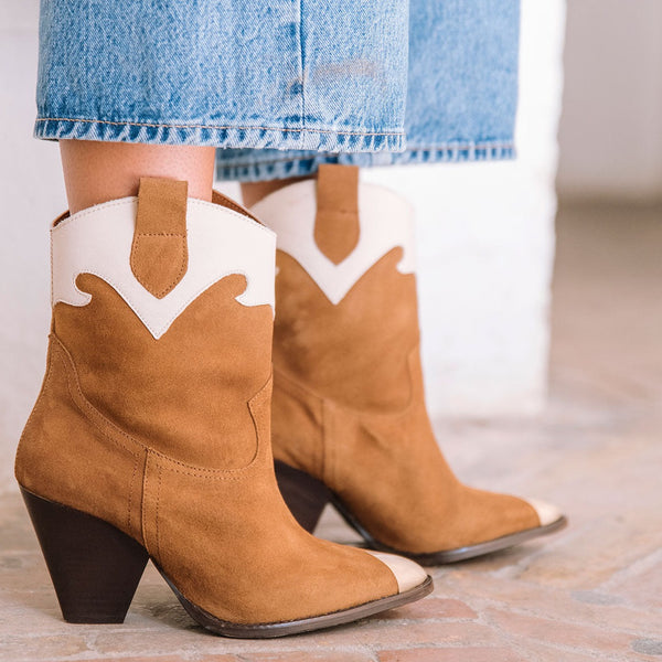 Cowboy boot with heels in brown and white leather - MURIEL