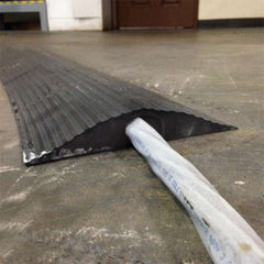 "1.5"" high rubber pipe ramp"