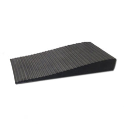 Soft Rubber Roadway Wedge Ramp