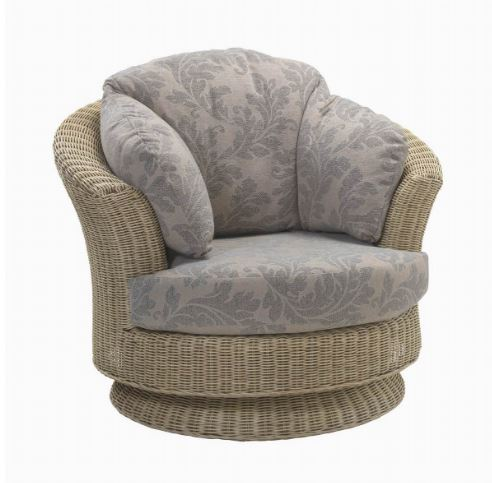 Stamford Deluxe Swivel Chair by Desser
