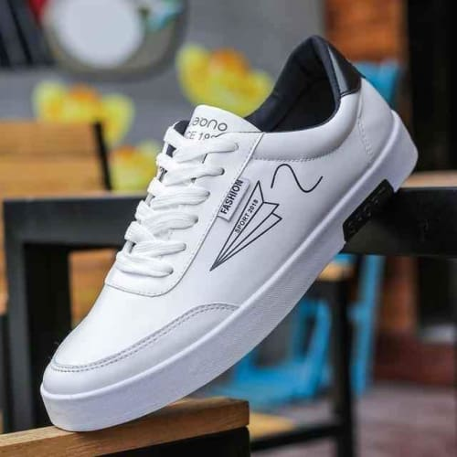 Mens Flat Lace-up Designer Sneakers - 5 / 7