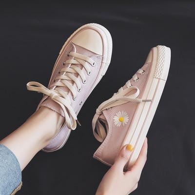 2020 Low Top Daisy Patterned Canvas Sneakers