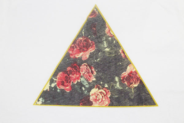 ROSE COLLECTION : PYRAMID TEE