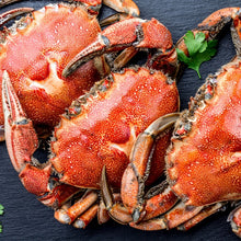 Load image into Gallery viewer, Dungeness Crab Cooked
