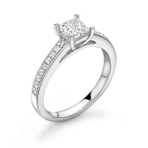 18ct White Gold Dimaond Solitaire Ring