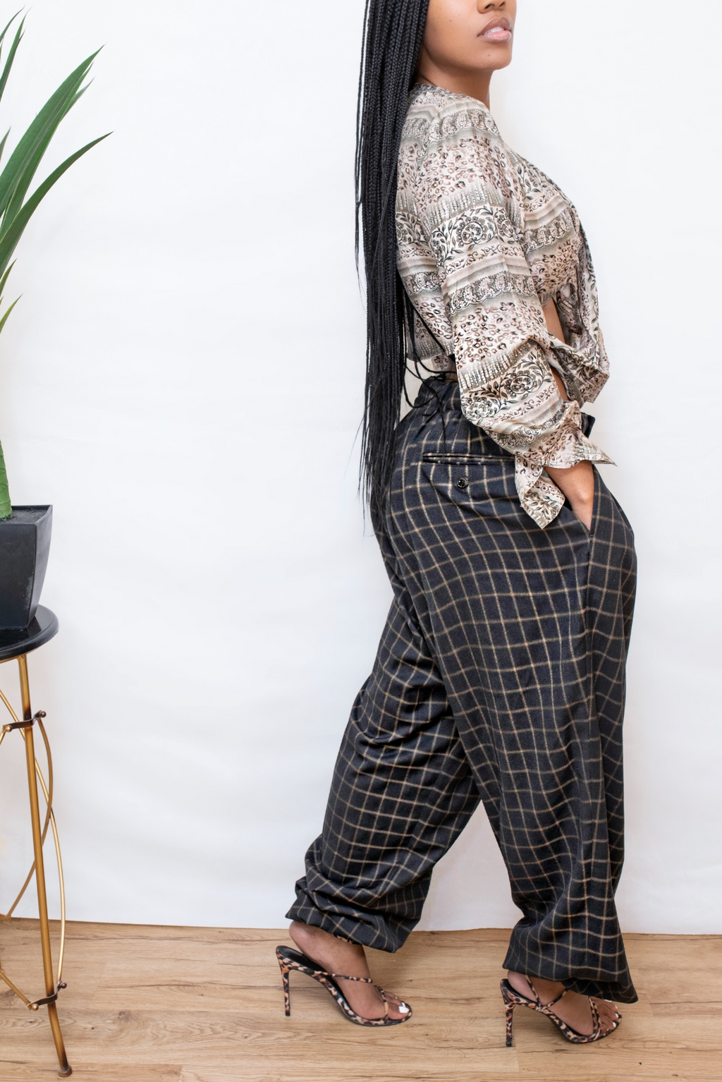 Oversized Black Brown vintage plaid jogger slacks pants