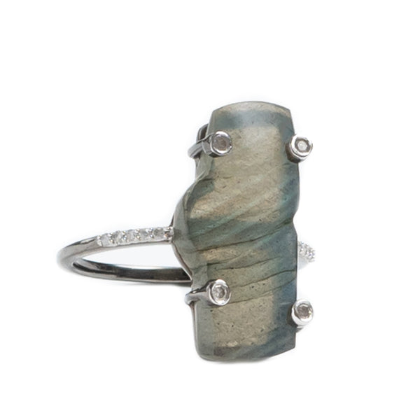 Zion Mountain Labradorite Oxidized Ring with Diamonds