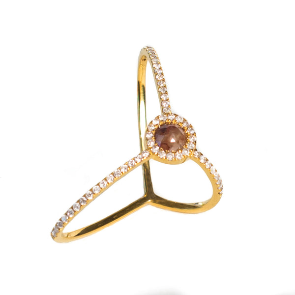 Treasured Ring W/Ice Diamond Center Stone 18K Gold