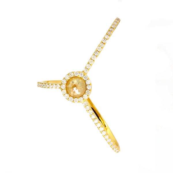 Treasured Ring W/ Ice Diamond Center Stone 18K Gold