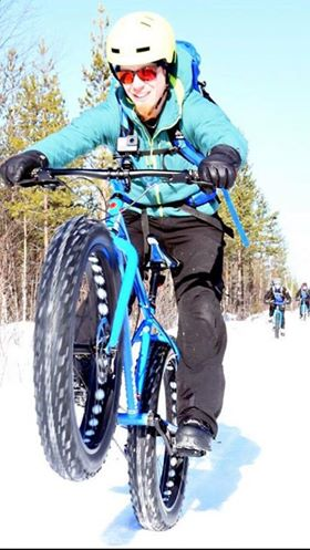Fat biking in Finland wheelie