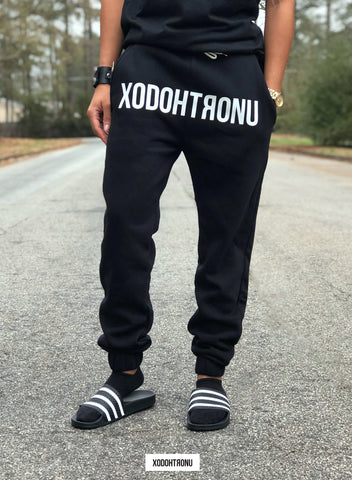 Front Stamped Joggers Noir (Glow in the dark!)