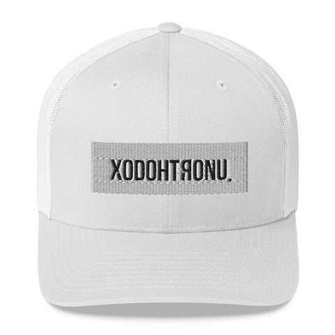 XODOHTRONU logo Trucker Cap [ESSENTIALS]