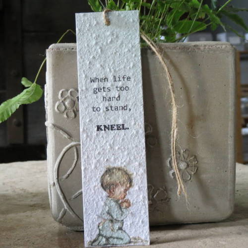 Growing Paper - Bookmark - Praying
