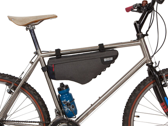 Two Wheel Gear - Bicycle Frame Bag - Graphite - 3.5 L - Side Bike