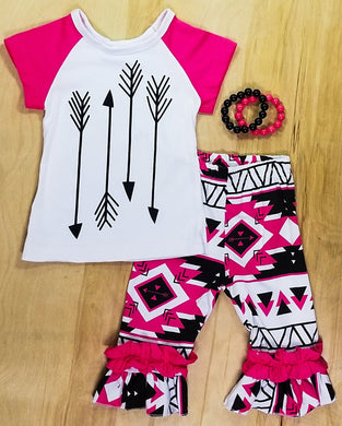 Pink & Black Arrow Shorts Outfit