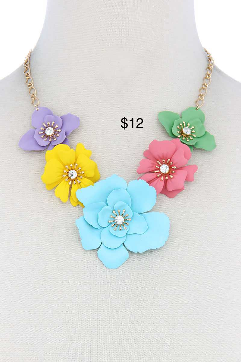 Floral bib necklace