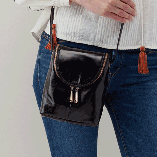 Fern Crossbody Black Close Up Lifestyle