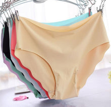 Load image into Gallery viewer, Ultra thin Viscose Seamless Briefs - SWANBOUTIQ