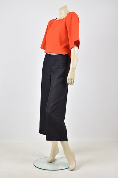 Tzusk linen pants in black