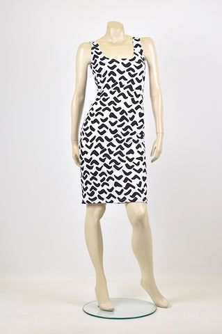 Tzusk singlet dress with angles print