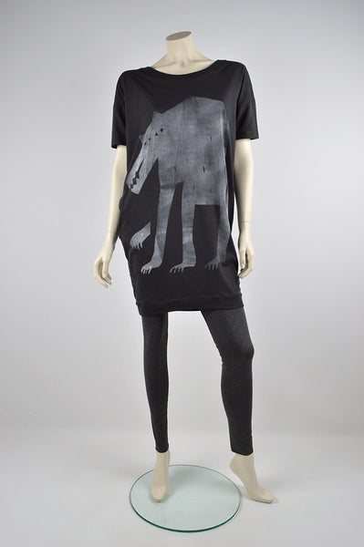 r c / k p . short sleeve slouch dress with wolf print