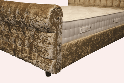 SnoozeSleep Chesterfield Devine Memory Micropocket®1000 Native Sleigh Bed SET