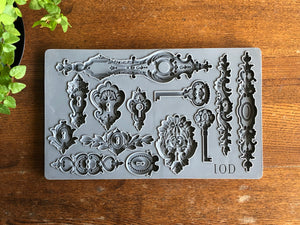 "Iron Orchid Designs Decor Mould, Lock & Key, 6"" x 10"""