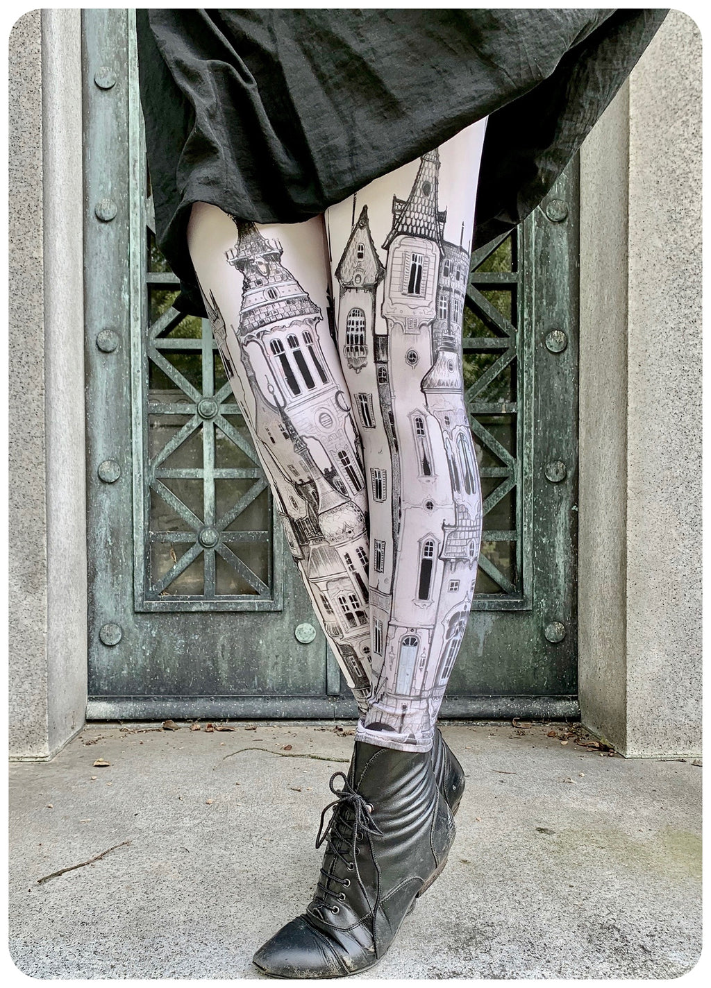 Victorian City Leggings  ~