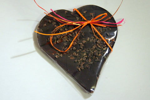 Bouga Cacao 77% Chocolate Heart With Cocoa Nibs
