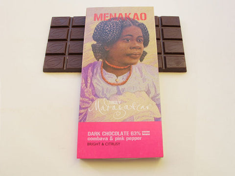 Menakao 63% Dark Chocolate With Combava & Pink Pepper 25g