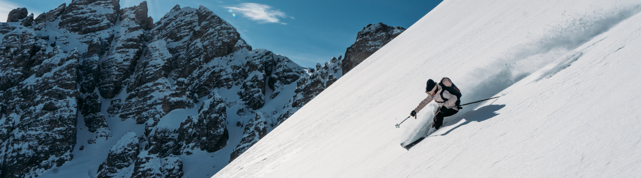 Best Women's Skis for 2021 | Latitude's Top Picks