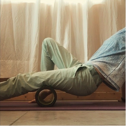 Martha Perry Massage Foam Rolling at home