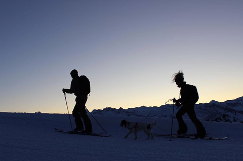 Ski touring with latitude