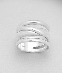 chunky ring in sterling silver by Kesley Boutique