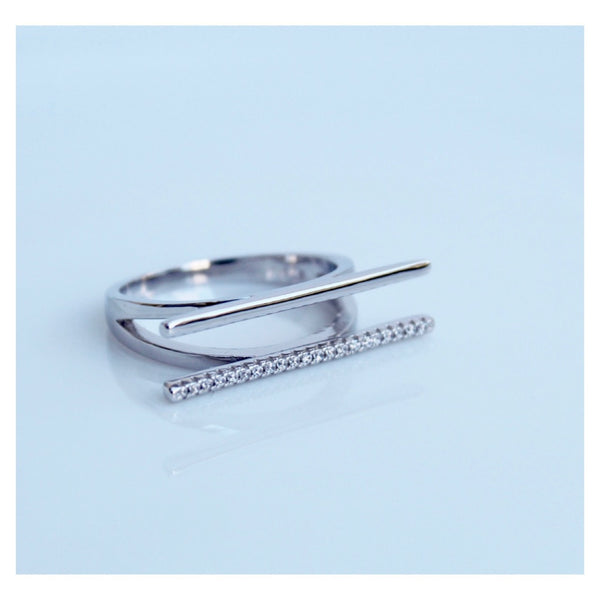 Parallel Crystal Bar Ring