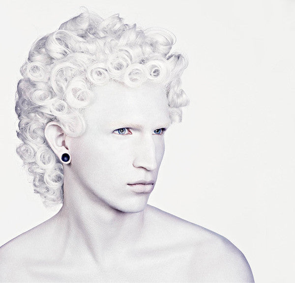 Hair Art, David Sims, courtesy of Rizzoli.