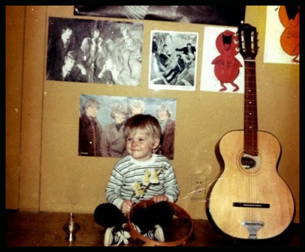 The troubled life of kurt cobain that led to his suicide