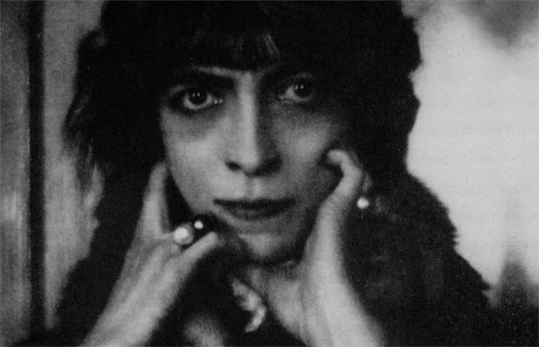 Marchesa_Casati_by_Man_Ray_600b_kidsofdada_article.jpg