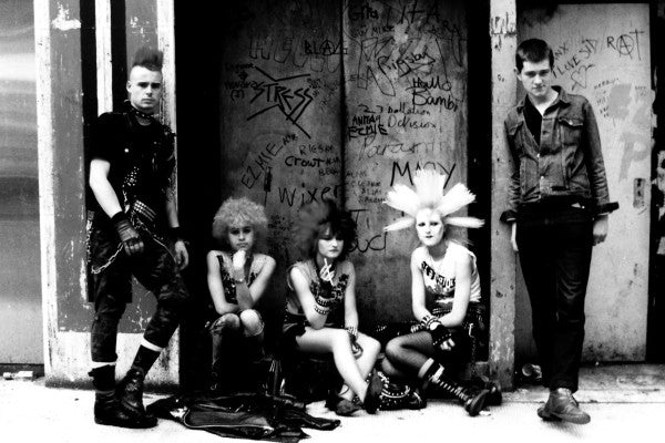Subcultures, an online revolution based on the punks
