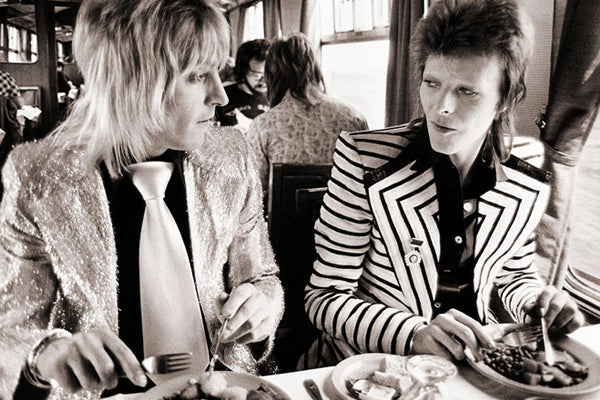 david_bowie_ziggy_stardust_starman_pop_music_icon_legend_kidsofdada