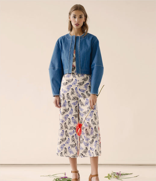FLOW_the_label_denim_cropped_jacket_balloon_sleeve_raw-edge_frayed-edge_womenswear_fashion_200_kidsofdada