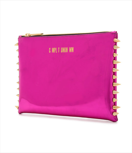 CMPLTUNKNWN_clutch_accessory_Italian_vegan_leather_metallic_fuchsia_spikes_zip_golden_logo_edgy_fashion_kidsofdada