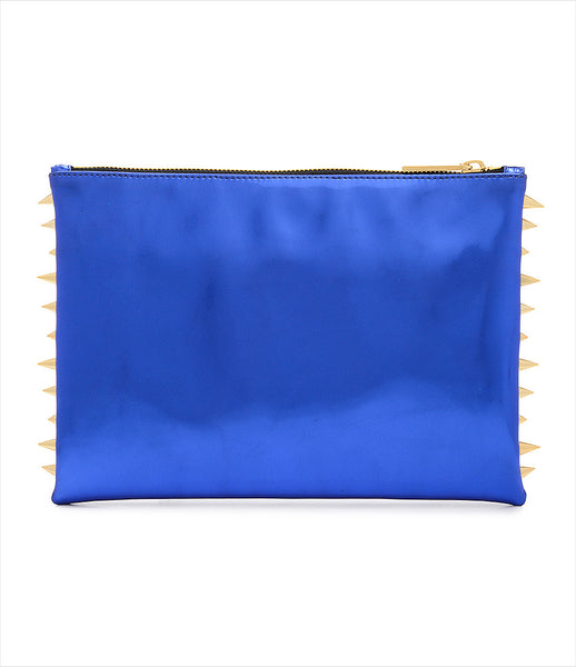 CMPLTUNKNWN_clutch_accessory_Italian_vegan_leather_metallic_blue_spikes_zip_golden_logo_edgy_fashion_kidsofdada