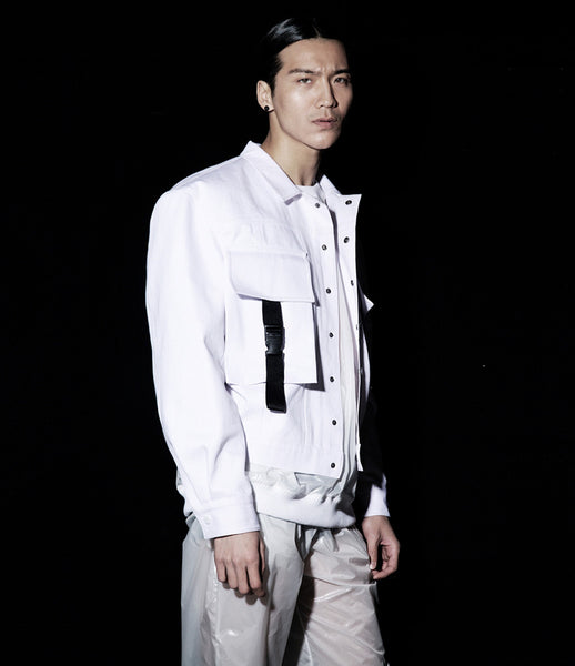 Path_white_denim_jacket_290_oversized_buckle_menswear_streestyle_fashion_white_kidsofdada