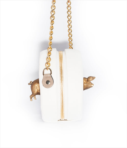 Carla_Lopez_circular_shoulderbag_accessory_handmade_velvet_white_animal_pig_gold_chain_whimsical_fashion_kidsofdada