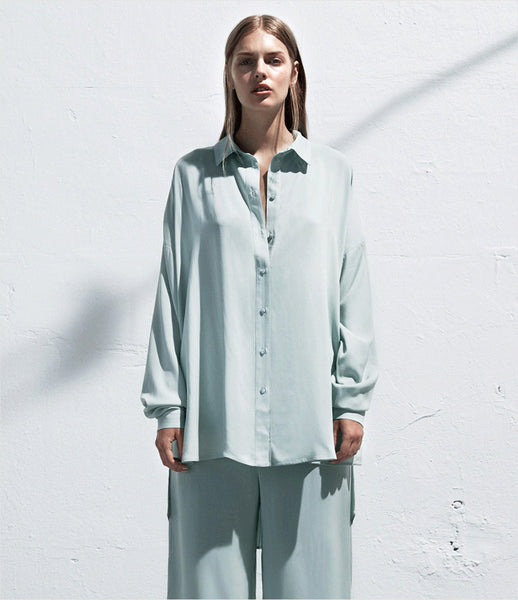 Arethé-Stockholm_blue_black_loose_pajamas_shirt_button-down_COS_blouse_spring_135_womens_fashion_kidsofdada