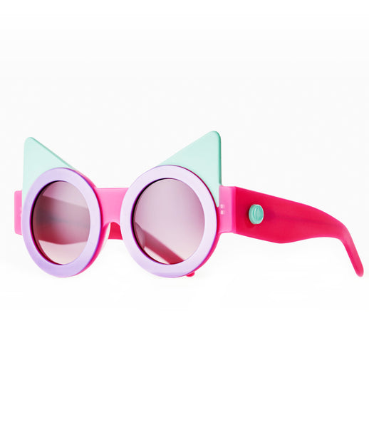 Fakoshima_sunglasses_accessory_under_300_Italian_acetate_pink_turquoise_cat_eyes_round_lenses_futuristic_fashion_kidsofdada