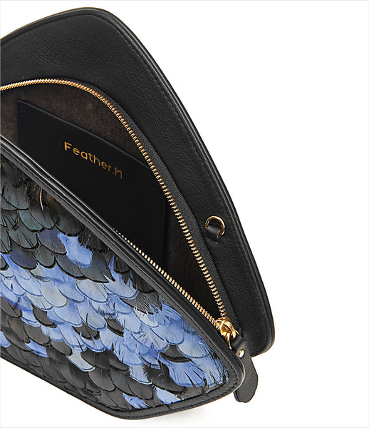 FeatherM_clutch_shoulderbag_accessory_goose_feathers_black_blue_butterfly_leather_strap_golden_chain_vintage_fashion_kidsofdada